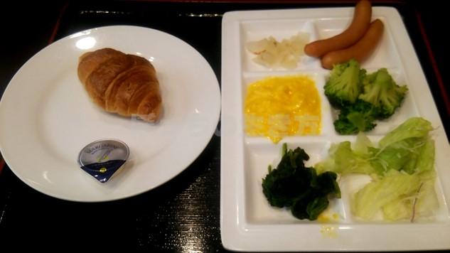 ガスト新橋店の朝食ブッフェ