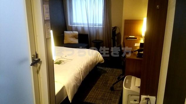 ホテルユニゾ京都四条烏丸のシングルルーム
