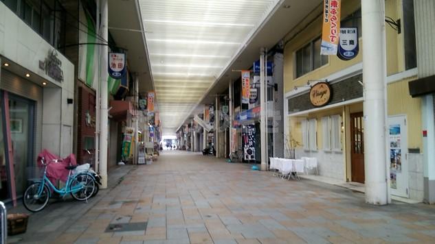 平日昼間の和歌山県ぶらくり丁