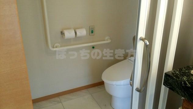 シェラトン広島のデラックスコーナーキングルームのトイレ