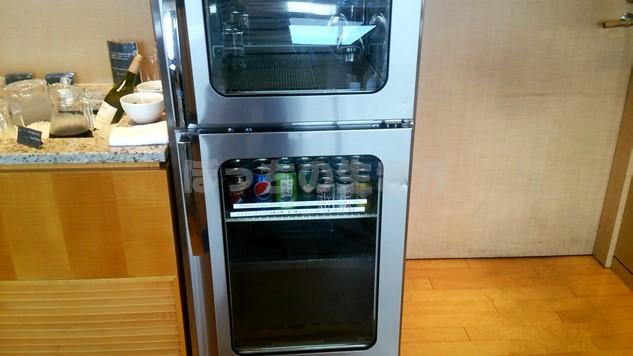 シェラトン広島のクラブラウンジの冷蔵庫
