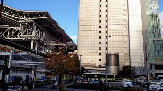 JR大阪駅桜橋口周辺の風景