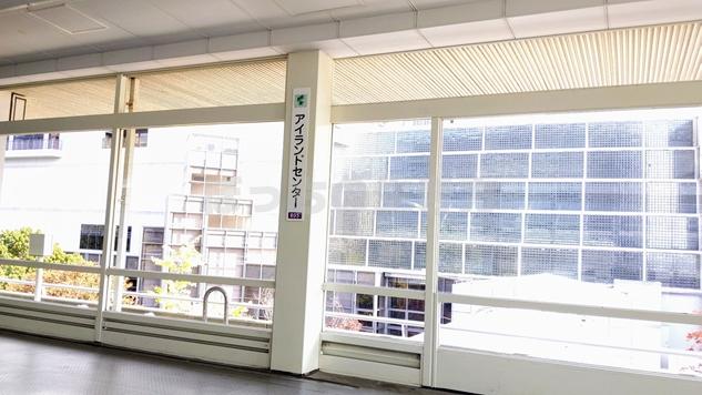 六甲ライナーのアイランドセンター駅