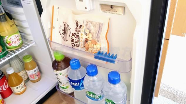 クラブフロア冷蔵庫のナッツ