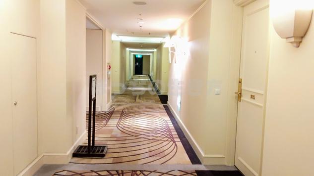 神戸ベイシェラトンホテルのクラブフロア廊下