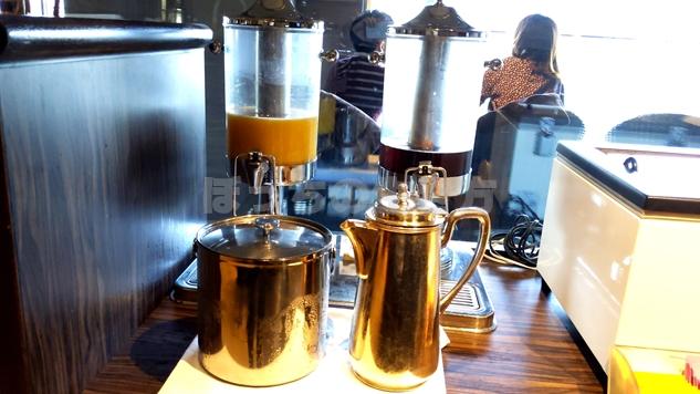 神戸ベイシェラトンホテルのクラブラウンジのオレンジジュース