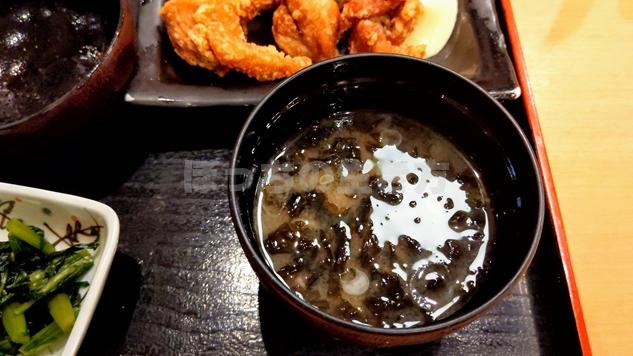 天狗大宮西口店のランチのお味噌汁