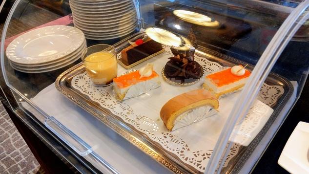 リーガロイヤルホテル大阪のエグゼクティブラウンジのケーキ食べ放題