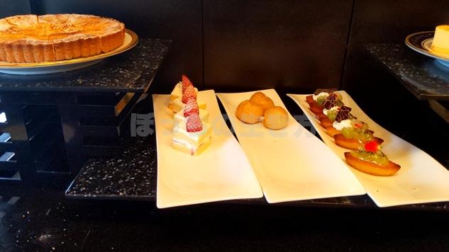 リーガロイヤルホテル大阪のエグゼクティブラウンジの苺ショートケーキ