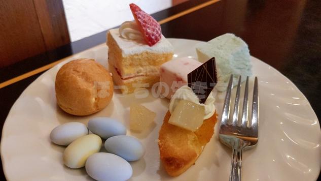 リーガロイヤル大阪のエグゼクティブラウンジのシュークリームとマシュマロ