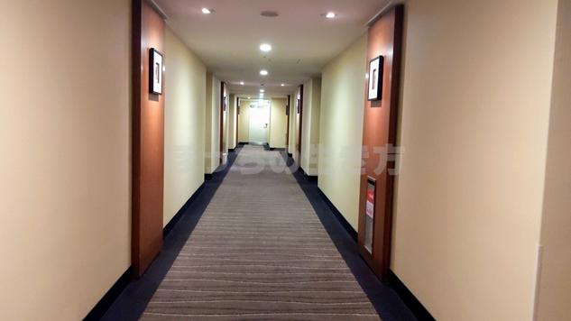 リーガロイヤル大阪のエグゼクティブフロアの廊下