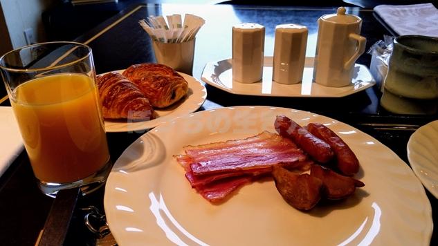 リーガロイヤル大阪のエグゼクティブラウンジの朝食パン
