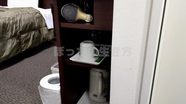 コンフォートホテルのシングルルームの備品