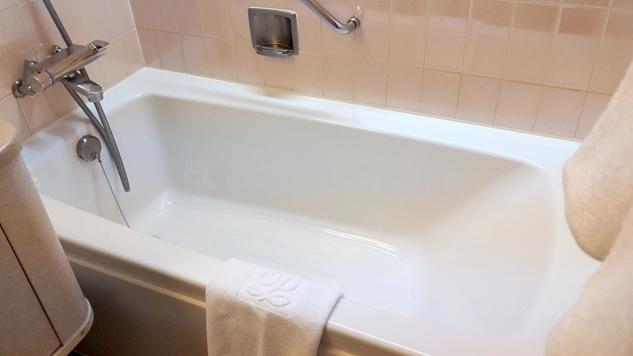 東京プリンスホテルのクラブスーペリアダブルルームの浴槽