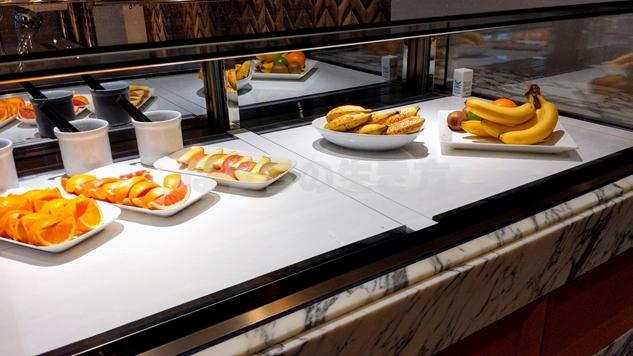 東京プリンスホテル3階の朝食会場ポルト