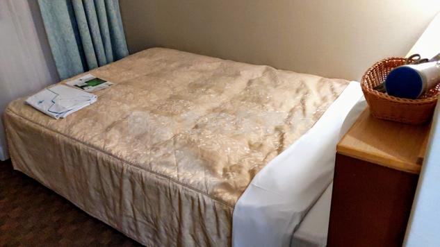 ユニゾイン浅草のベッド
