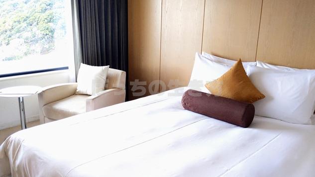 ANAクラウンプラザホテルのベッド