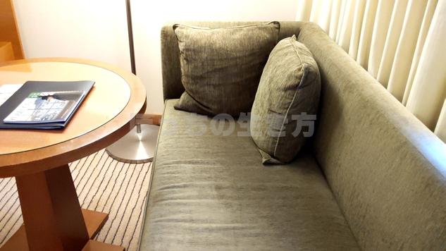 神戸ポートピアホテルオーバルクラブのソファー
