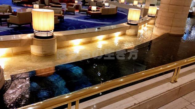 神戸ポートピアホテルのロビーソファー