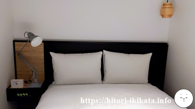 リソルホテル上野のシングルルームベッド