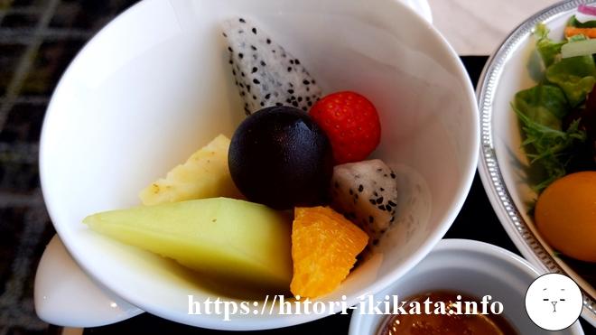 名古屋マリオットアソシアのコンシェルジュラウンジのフルーツ盛り合わせ