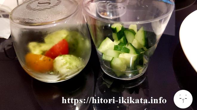 シェラトン東京のクラブラウンジのきゅうりとトマト