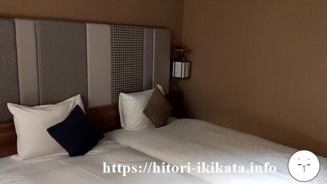 リソル四条室町のツインルームのベッドサイズ